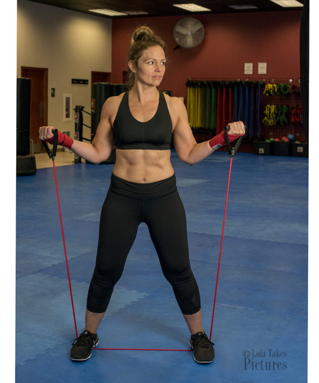 Jen wide grip curls with band