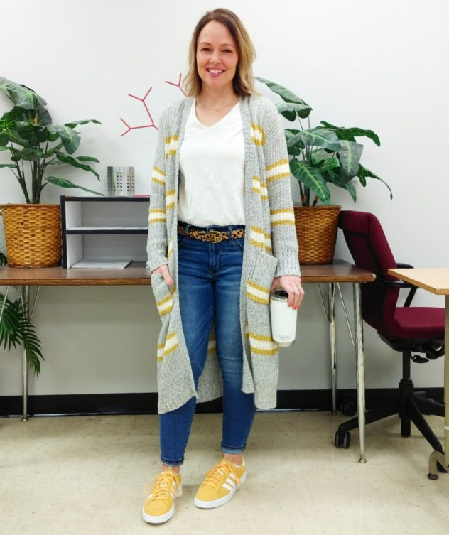 Long striped cardigan with yellow sneakers casual teacher outfit idea
