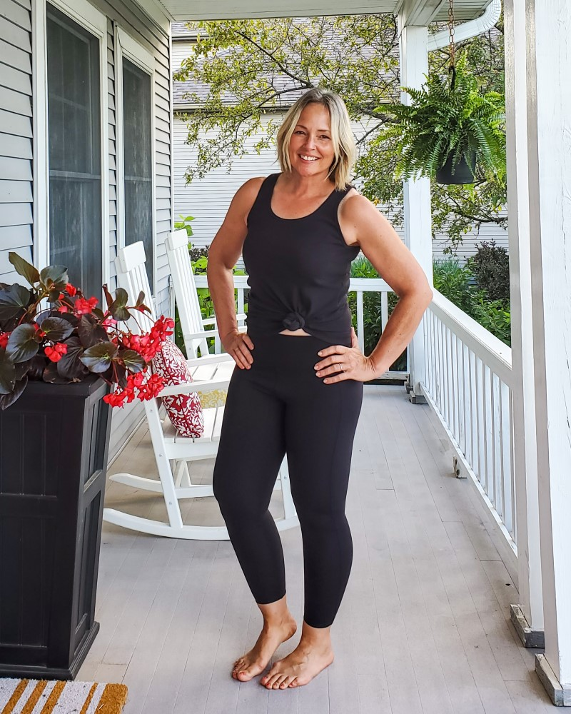 American Giant Ribbed Tank Top and Cropped Power Leggings Review