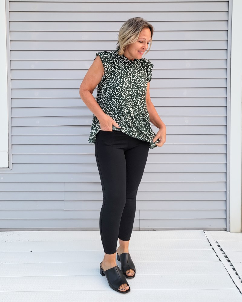 American Giant NO-BS Pant in Petite